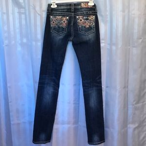 Miss Me size 16 skinny Girls jeans, great shape,